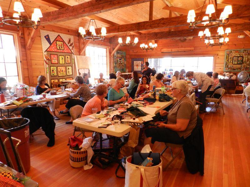 Folk Art Retreat with Tonye Phillips and Sue Spargo (11)