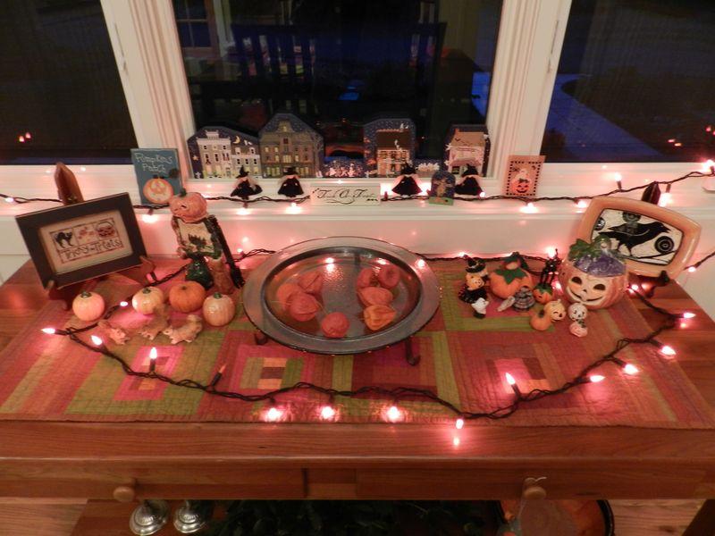 Halloween decorations (1)