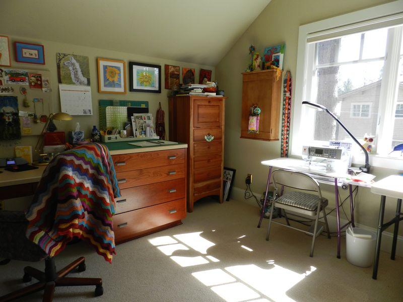 Studio April 2012 (4)