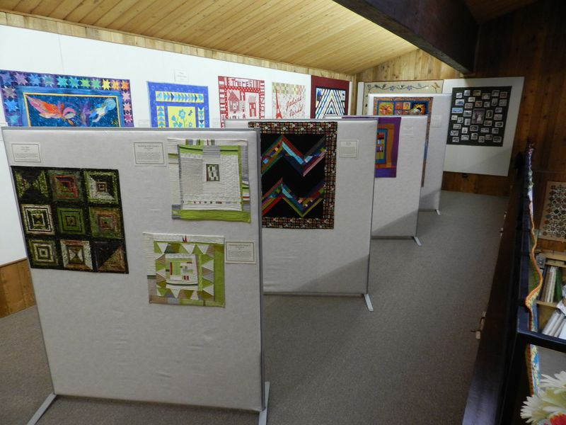 QuiltWorks Gallery Show March 2012 (32)
