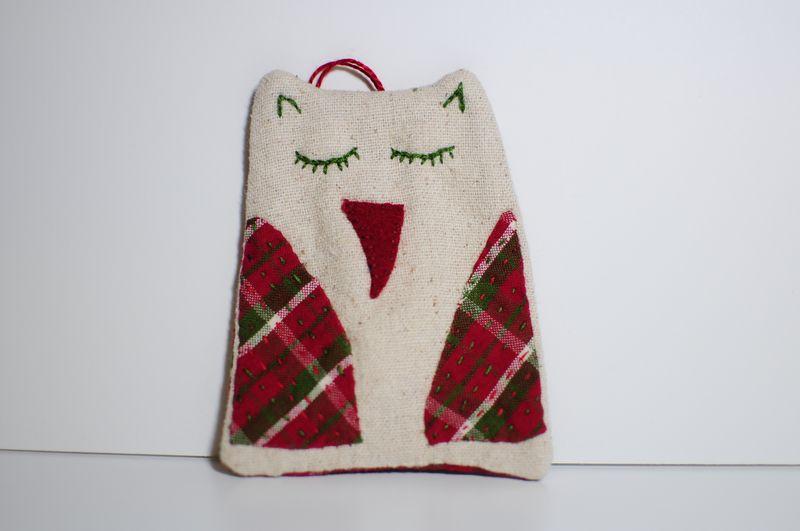 Plaid to Meet You Owl Ornament 2012 (1)