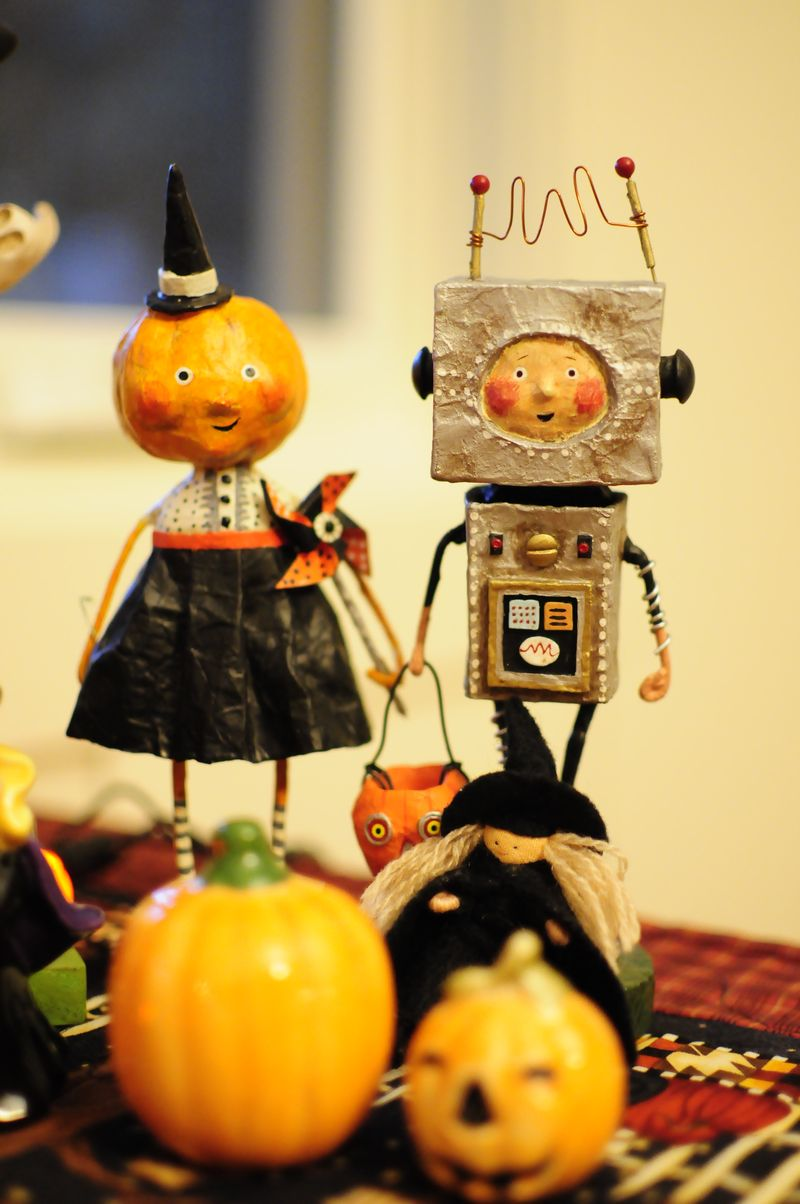 Halloween decorations (3)